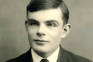 Alan Turing - A Heroic Criminal